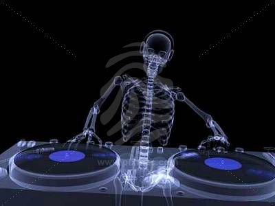 skeleton-dj-x-ray-1.jpg